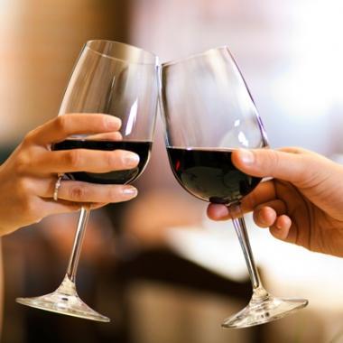خمس نصائح غذائية لرفع مستوى الرومانسية في فالنتاين مع أنجي كسابي
