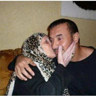 كاظم الساهر يَحّن إلى وجه أمه