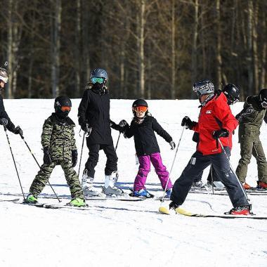 6 نصائح للعناية للبشرة عند ممارسة رياضة التزلج