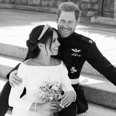الصور الرسمية للزفاف الملكي