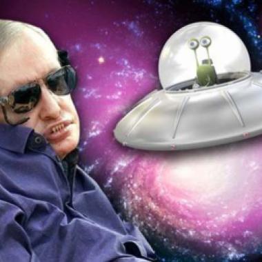 ستيفن هوكينغ: كائنات فضائية ستحتل الارض