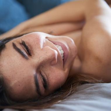 6 فوائد جمالية ناتجة عن النشوة الجنسية