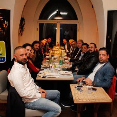 """""""مجموعة نزيه"""" في بيروت تواكب جديد صيحات الموضة"""