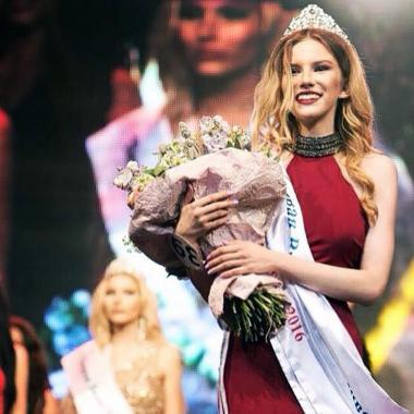 لماذا قررت وصيفة ملكة جمال روسيا القاصر بيع عذريتها؟