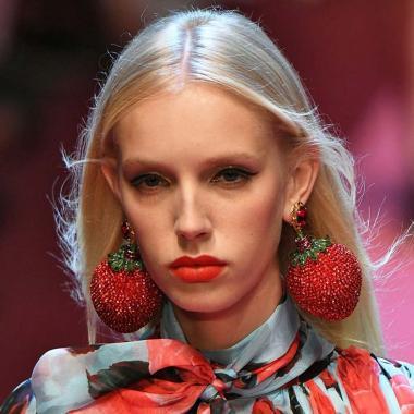 أكسسوارات Dolce & Gabbana تعيد إحياء الطفولة السعيدة!