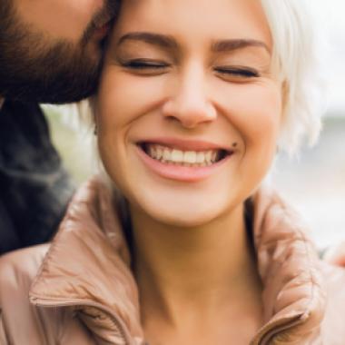 4 قوانين لعلاقة سعيدة وطويلة الأمد