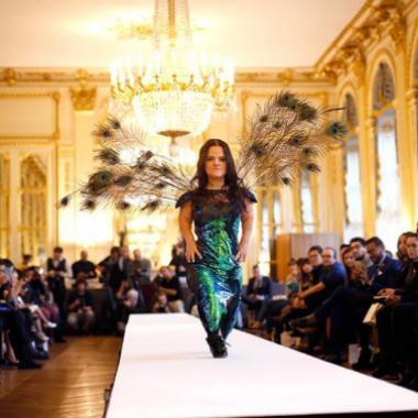 عرض أزياء عالمي لقصيرات القامة في دبي