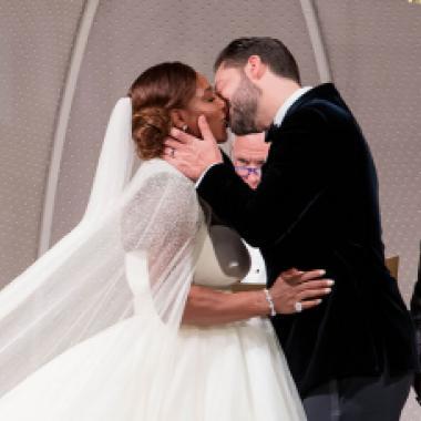 بالصور: سيرينا وليامز استوحت حفل زفافها الرومانسي من الجميلة والوحش