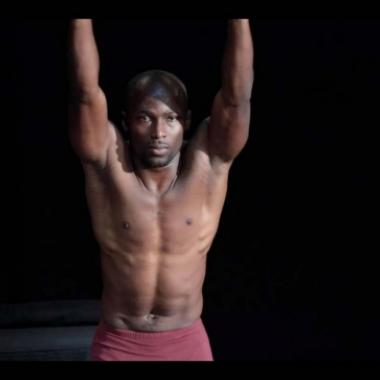 """جان بول ميهانسيو: نرقص للسلام في """"يوميات توتة"""""""
