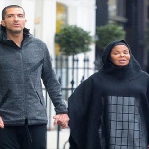 جانيت جاكسون حامل وبالحجاب بعد اعتناقها الإسلام