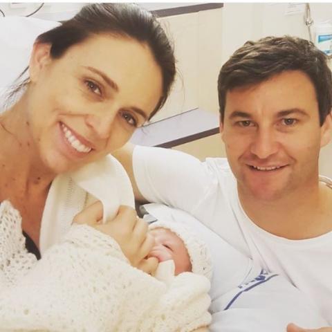 رئيسة وزراء نيوزيلندا ترزق بطفلة