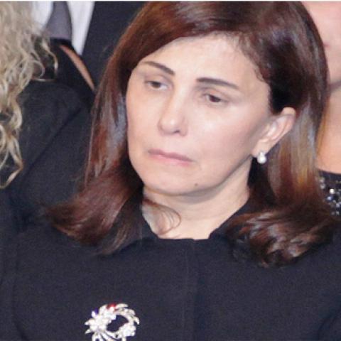 ماجدة الرومي تودع والدتها والحزن يخيّم على وجهها