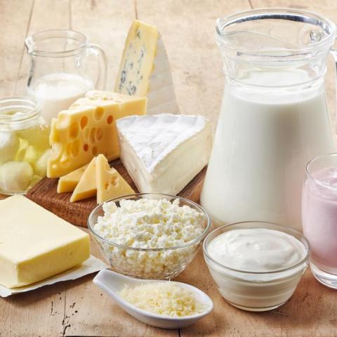 ٥ أشياء تحدث لجسمك عندما تتوقفين عن تناول مشتقات الحليب!