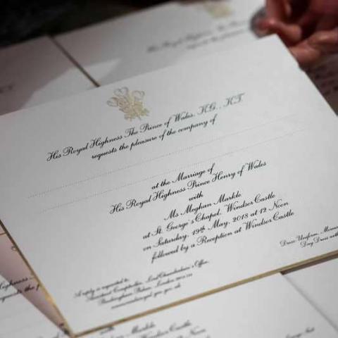 دعوات بماء الذهب لـ600 شخص لحضور زفاف هاري وميغان