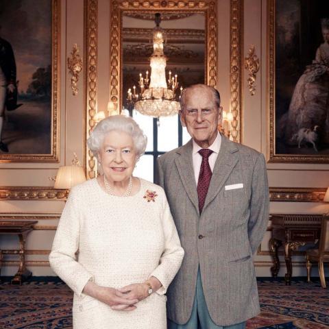 تخليد عيد زواج الملكة إليزابيث السبعين في صورة!