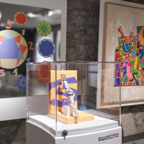 Swatch تحتفل بالأرقام مع الفنان التشكيلي أوغو نيسبولو