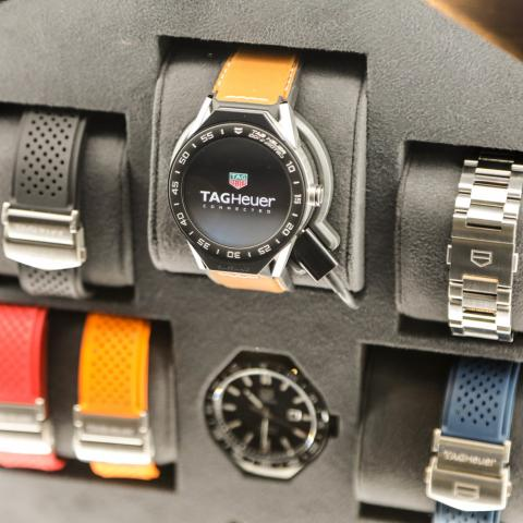 تاغ هوير تطلق إصدارها الحصري من ساعات Connected Watch Modular 45 Dubai بالتزامن مع مفاجآت صيف دبي