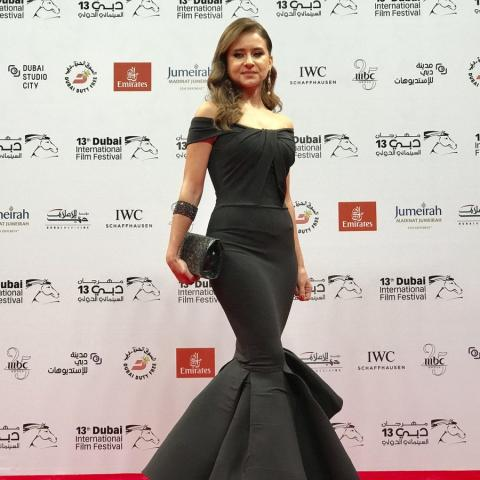 تألق النجوم على سجادة مهرجان دبي السينمائي الحمراء