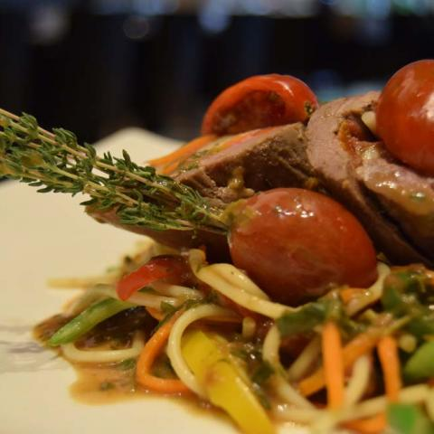 لفائف اللحم مع الباستا