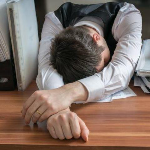 هل صحيح أن البطالة أفضل للصحة من العمل المضني؟