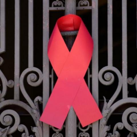 """لقاء حول """"التقدّم في السنّ مع فيروس نقص المناعة البشري"""""""