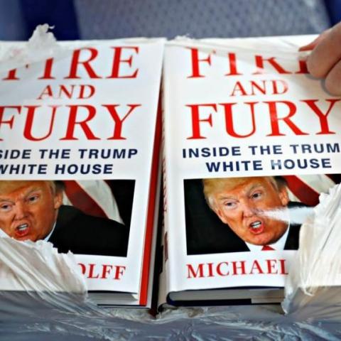 """كتاب """"نار وغضب"""" يتحول إلى مسلسل تلفزيوني"""