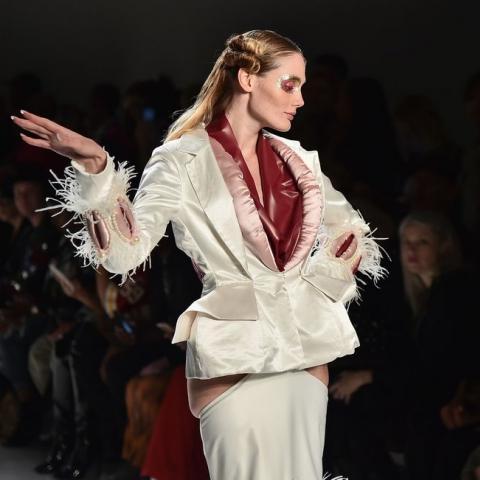 أعضاء تناسلية على منصات أسبوع الموضة في نيويورك