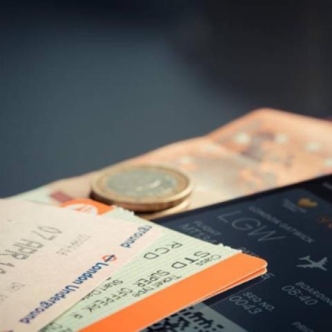 9 نصائح من خبراء السفر لحجز رحلات طيران بأقل تكلفة