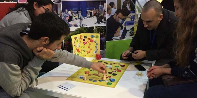 """لعبة """"فلوس The Game of"""" ثقافة مالية لمن هم فوق الـ15 عاماً!"""