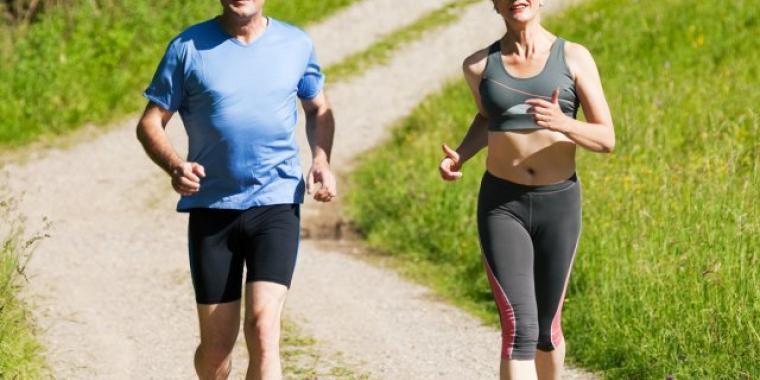 فوق الخمسين ممارسة الرياضة جسر آمن لذهن نشيط