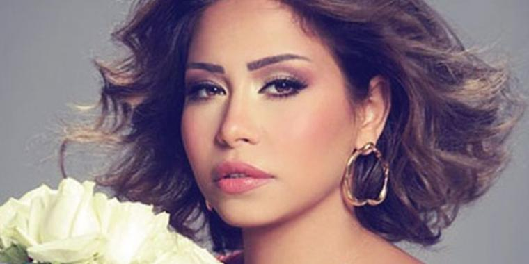 شيرين عبد الوهاب تمنع من الغناء في مصر