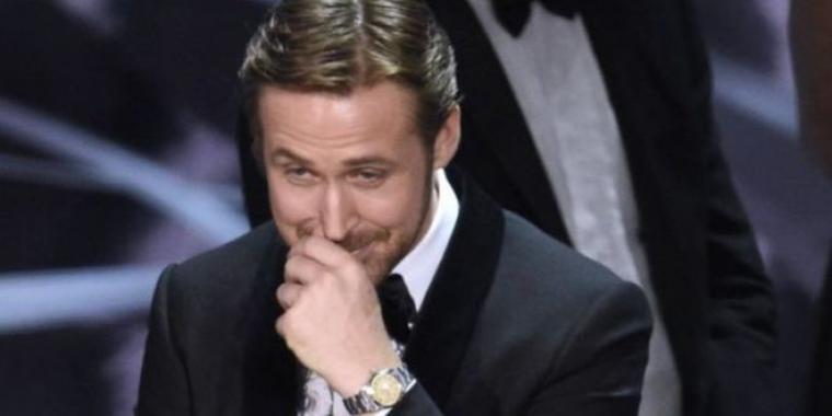 راين غوسلينغ يكشف سبب ضحكه خلال حفل جوائز الأوسكار!