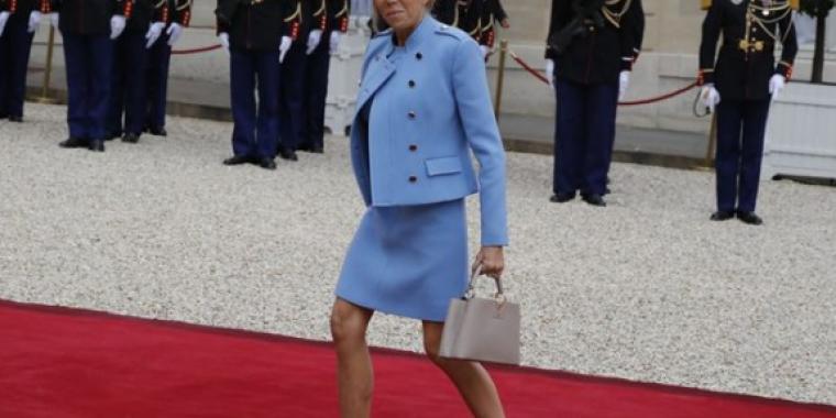 لاغرفيلد: بريجيت ماكرون صاحبة أجمل ساقين في باريس