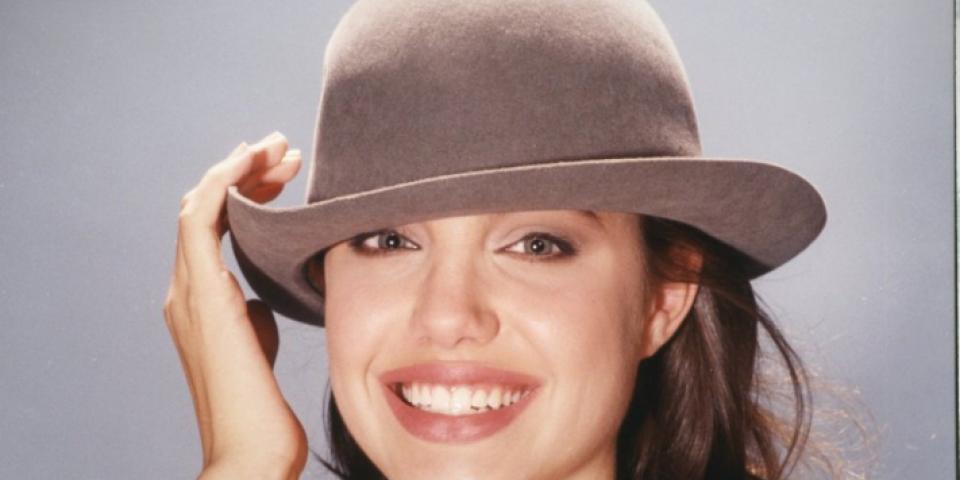 قبعات أنيقة للمناسبات الصيفية!