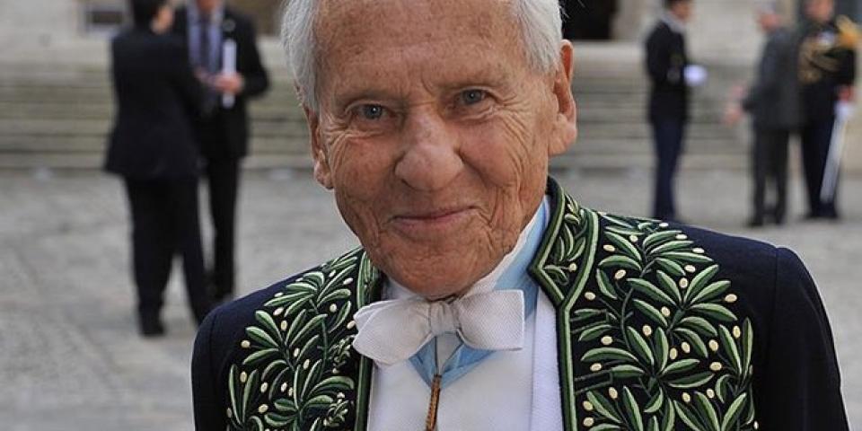 جان دورميسون طوى صفحة حياته عن 92 عاماً تاركاً لفرنسا إرث سحر الثقافة
