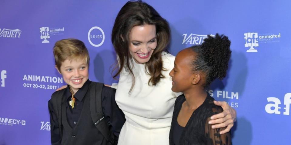 The Bread Winner أنجيلنا جولي مع ابنتيها في عرض فيلم