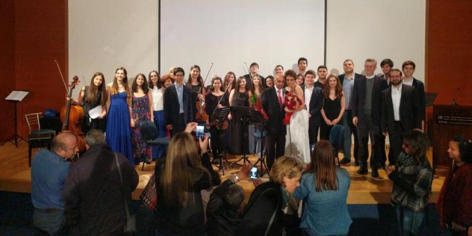 """حفلة أوبرالية لطلاب مدرسة الموسيقى في """"سيدة الجمهور"""""""