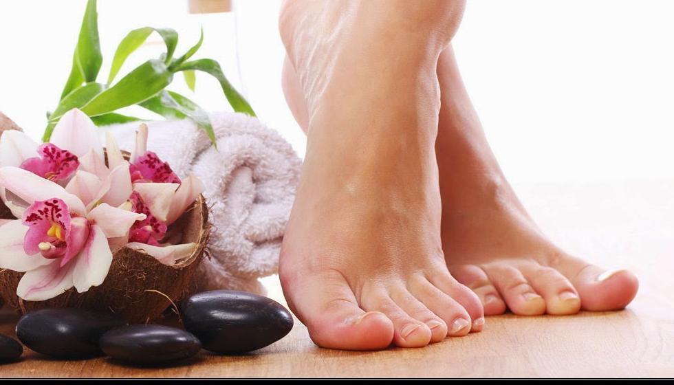 وصفة طبيعية للحفاظ على نعومة القدمين