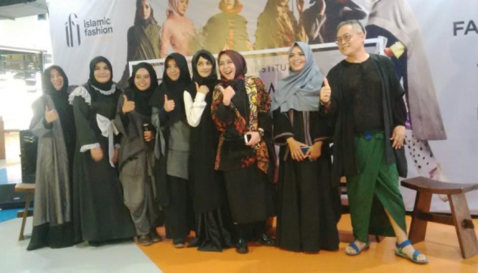 تجربة ناجحة لأول معهد يدرّس تصميم الأزياء الإسلامية!