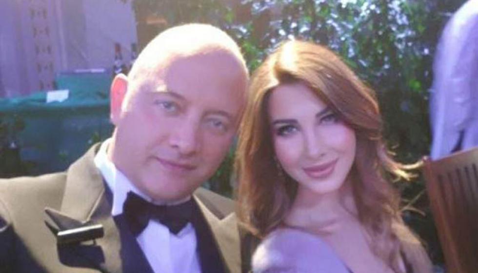 نانسي عجرم مسحورة في عشاء مع زوجها في موناكو