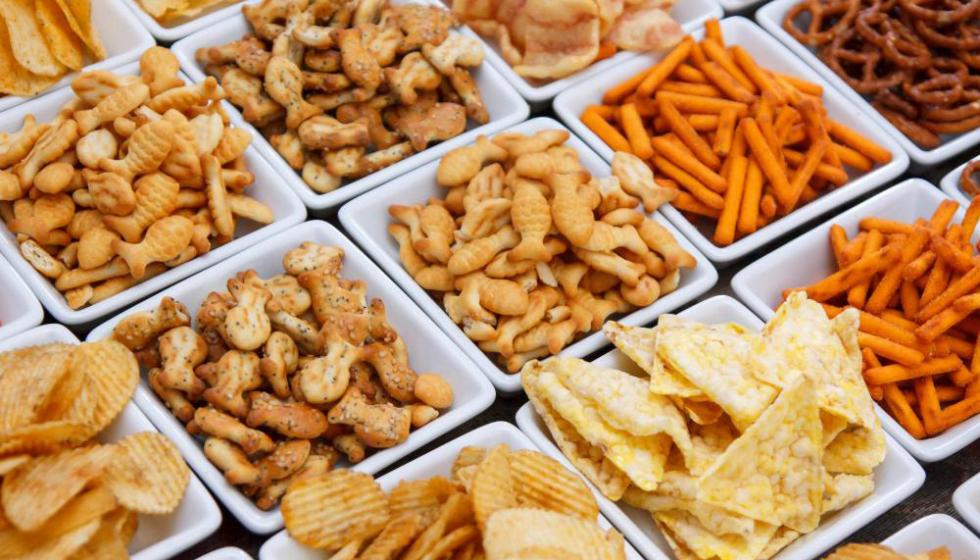 لمنع العطش تجنب هذه الأطعمة في رمضان