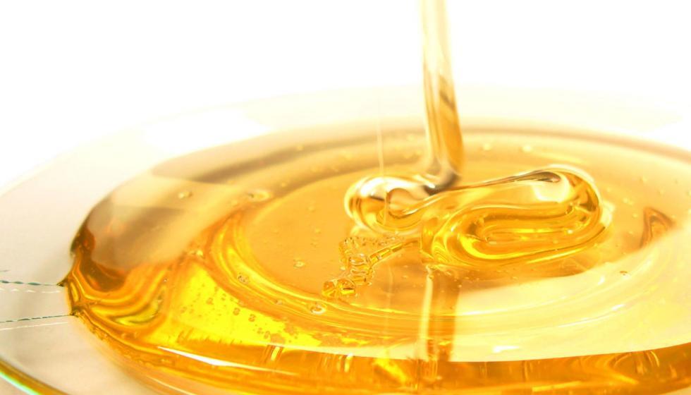 اكتشفي فوائد العسل للعناية بالبشرة