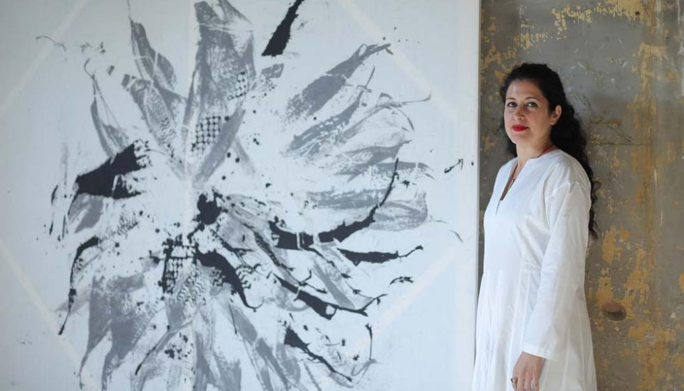 """إفتتاح معرض""""الكارثة المقدّسة شفاء لبنان"""" لزينة الخليل"""