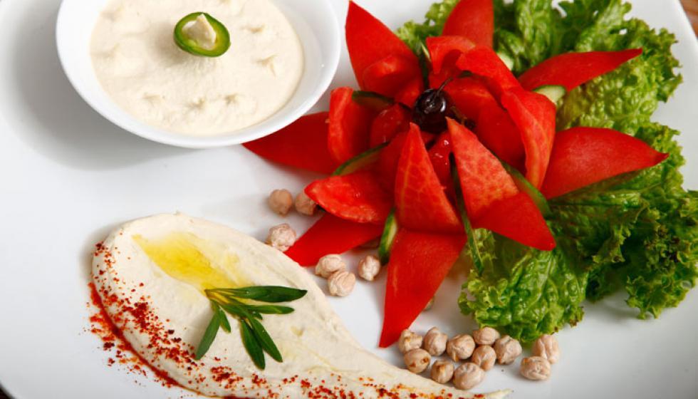 حمّص لبنانيّ