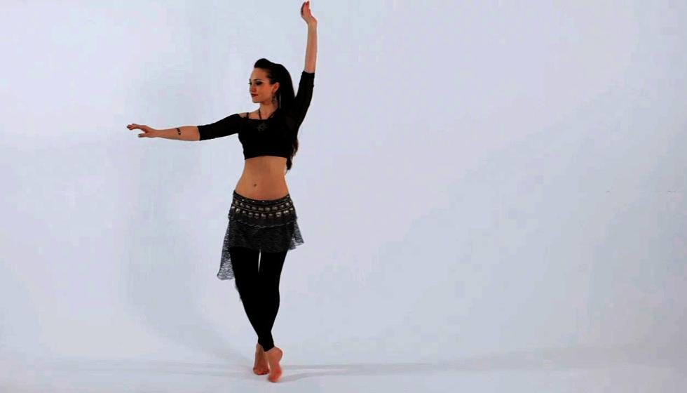الرقص الشرقي رياضة ممتازة حتماً!