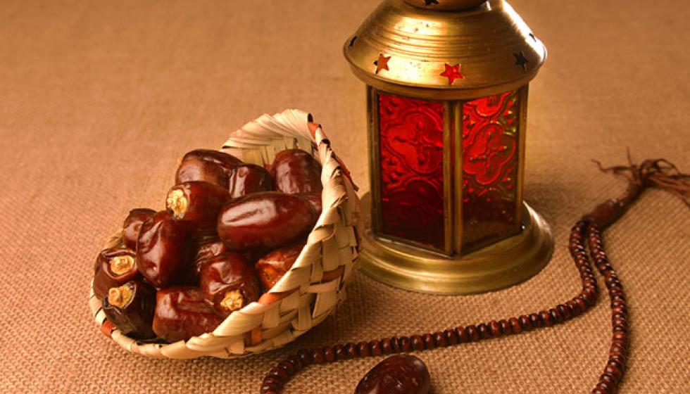 لماذا التّمر أوّلاً في رمضان؟