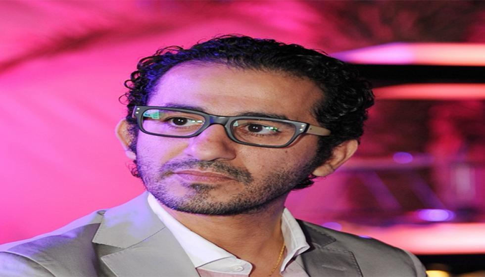 هل عاد الورم الخبيث إلى احمد حلمي؟