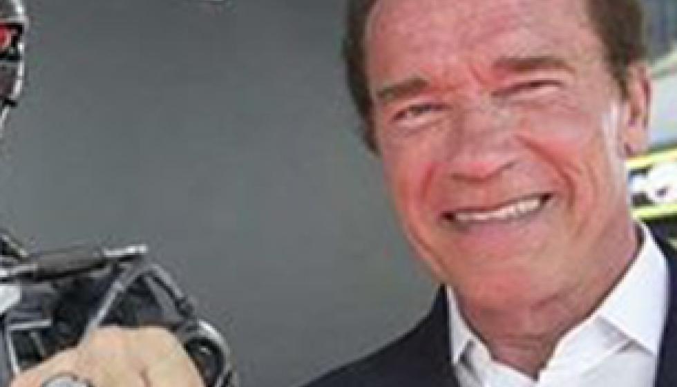 """أرنولد شوارزنغر يعد بإطلاق الجزء السادس من """"Terminator"""""""
