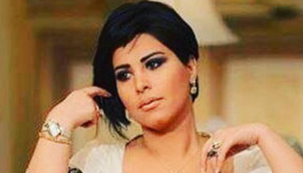 شمس تبكي: لا اتمنى لأحد ان يكون في مثل حالتي