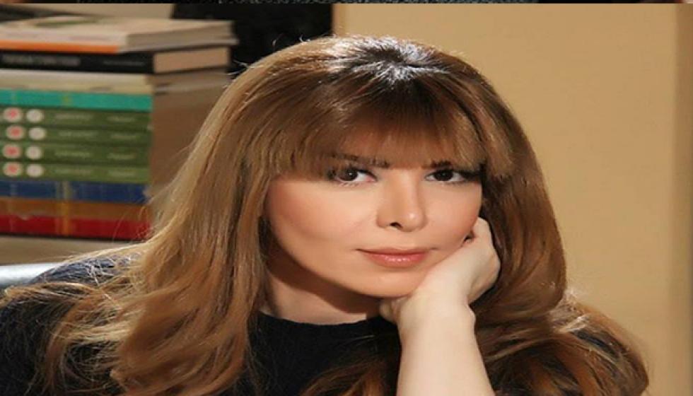 عبير شمس الدرين: ما بقي إلي خلق على الحب والزواج